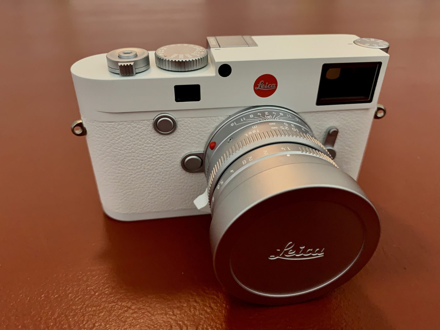 Leica M10P White with Summilux 1.4/50 White
